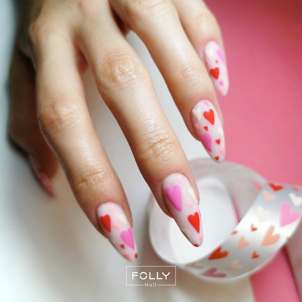 walentynkowe paznokcie baza frenchy lightt pink z serduszkami high risk red
